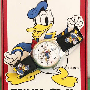 1994 Pedre Donald Duck Watch, COA